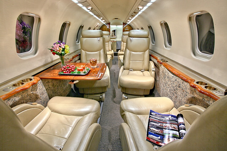 Private jet for sale charter: 2000 Bombardier Learjet 45 light jet