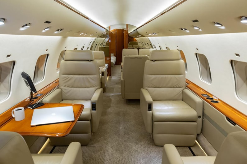 Private jet for sale charter: 2010 Global XRS heavy jet