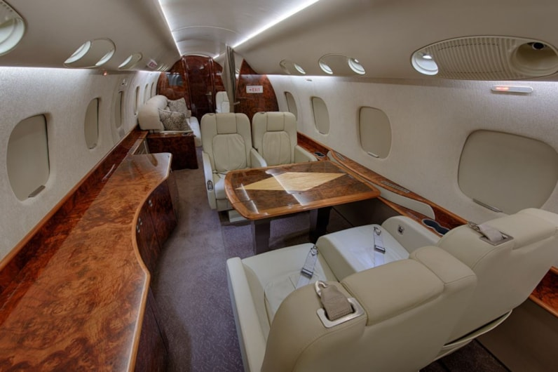 Private jet for sale charter: 2005 Embraer Legacy 600 heavy jet