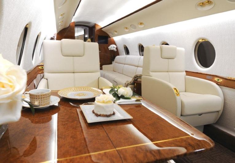 Private jet for sale charter: 2007 Gulfstream G200 super-midsize jet