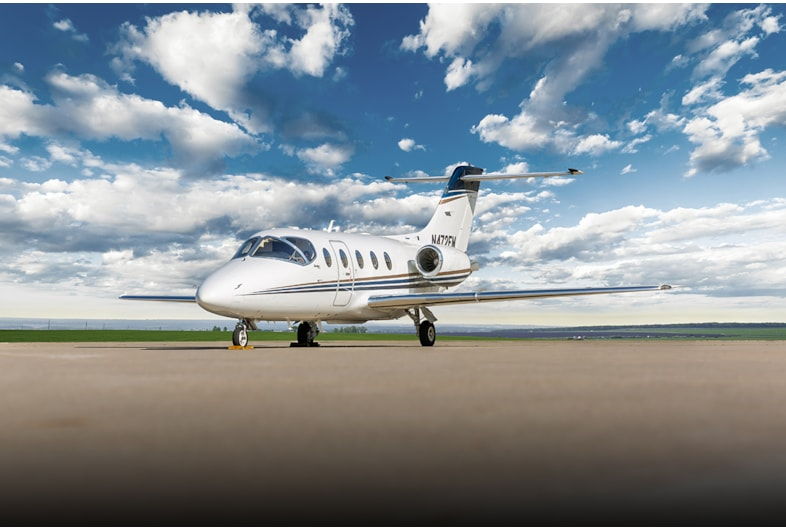 Private jet for sale charter: 2006 Hawker 400XP light jet