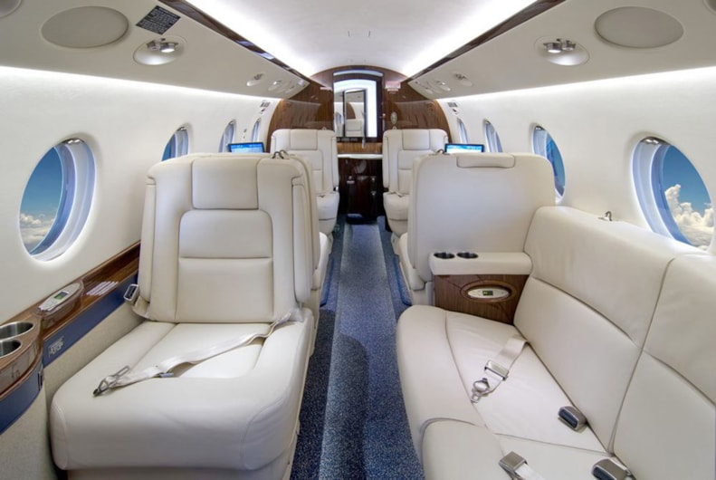 Private jet for sale charter: 2011 Gulfstream G150 midsize jet