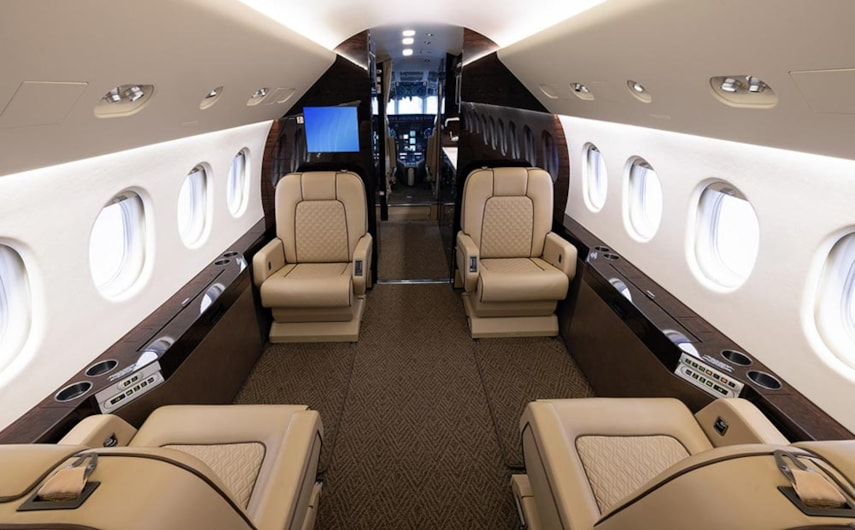 Private jet for sale charter: 2001 Dassault Falcon 2000 heavy jet