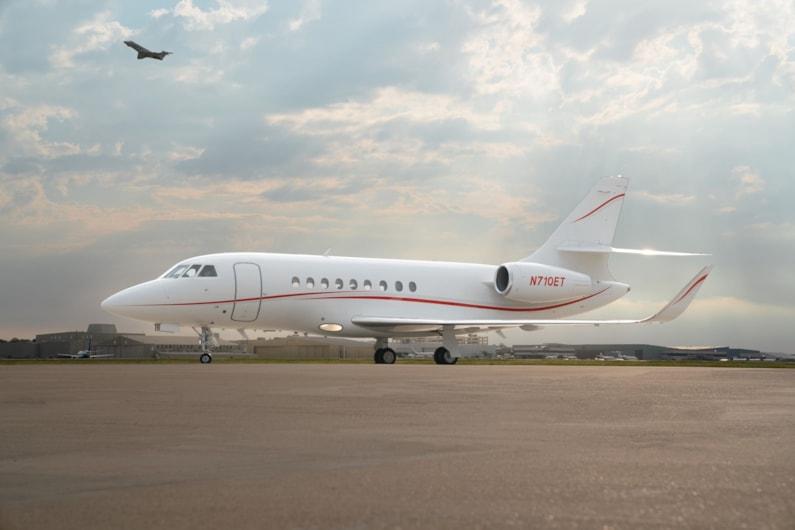 Private jet for sale charter: 1997 Dassault Falcon 2000 heavy jet
