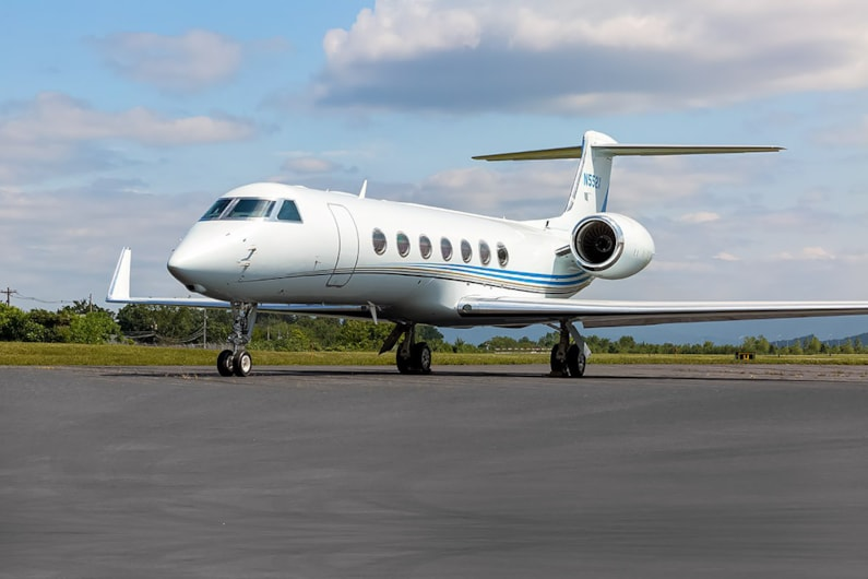 Private jet for sale charter: 2012 Gulfstream G550 heavy jet