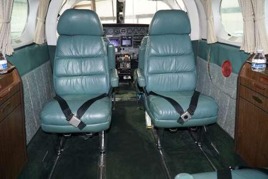Cessna 414 RAM interior