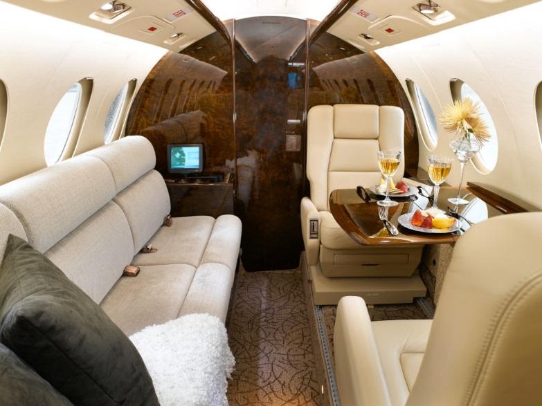 Falcon 50 interior