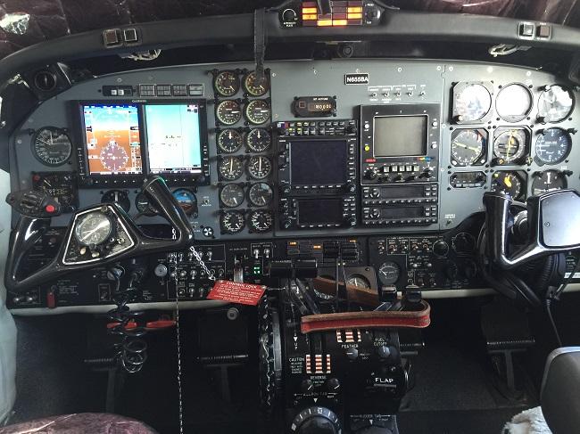 King Air 200 panel