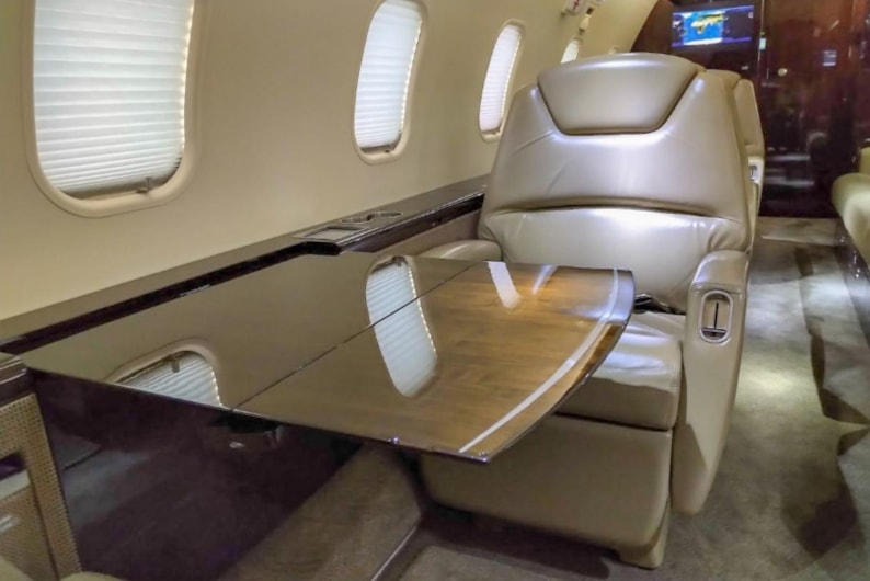 Private jet for sale charter: 2013 Bombardier Challenger 300 super-midsize jet