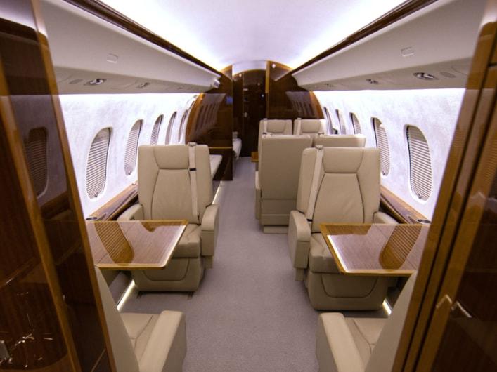 Private jet for sale charter: 2014 Global 6000 ultra-long-range heavy jet