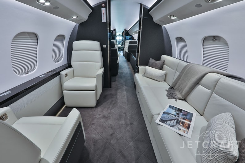 Private jet for sale charter: 2018 Global 6000 long-range heavy jet