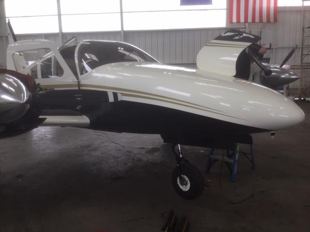 Seneca III PA-34-220T exterior