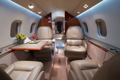 Private jet for sale charter: 2000 Bombardier Learjet 60 midsize jet