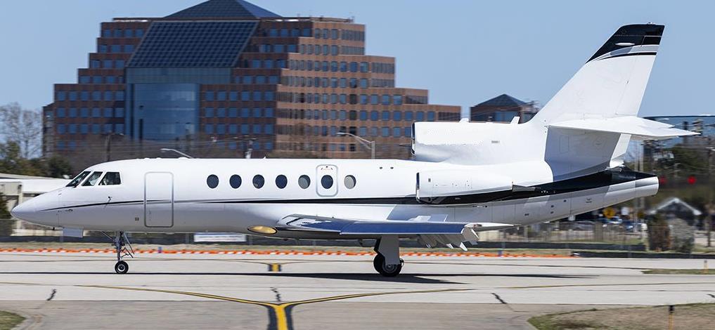 Falcon 50 exterior