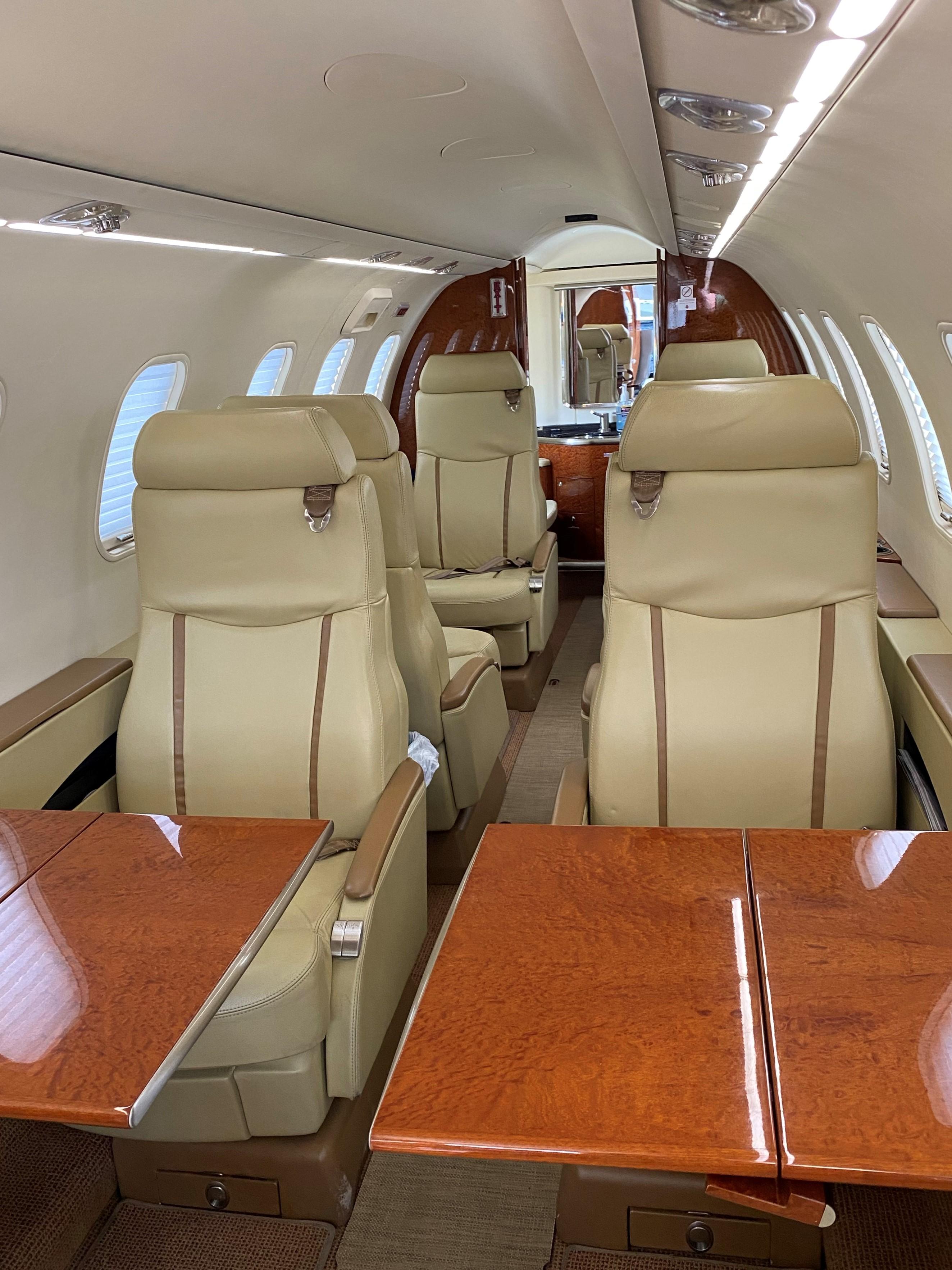 Learjet 45 XR interior