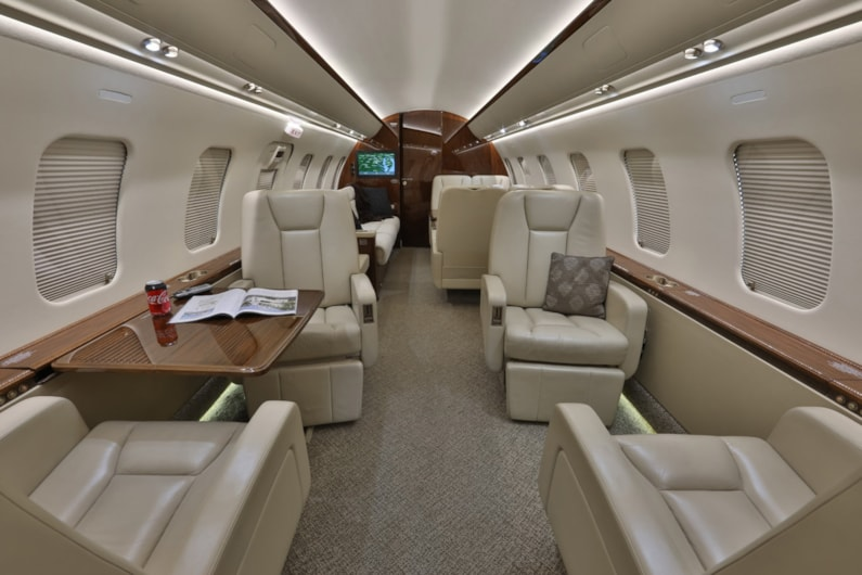 Private jet for sale charter: 2012 Bombardier Challenger 605 heavy jet