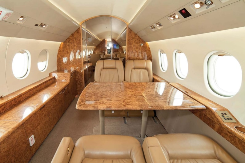 Private jet for sale charter: 1997 Dassault Falcon 2000 heavy jet