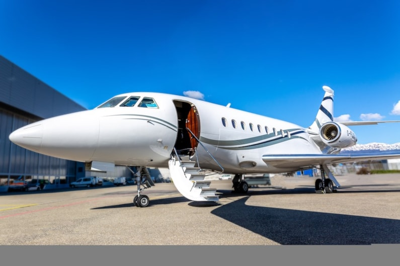 Private jet for sale charter: 2014 Dassault Falcon 2000LXS heavy jet
