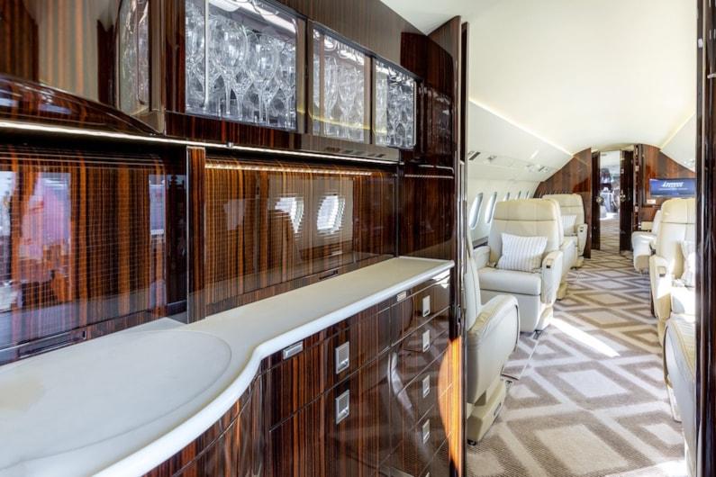 Private jet for sale charter: 2014 Dassault Falcon 2000LXS heavy jet