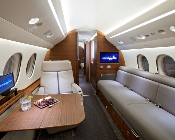 Private jet for sale charter: 2013 Dassault Falcon 7X heavy jet