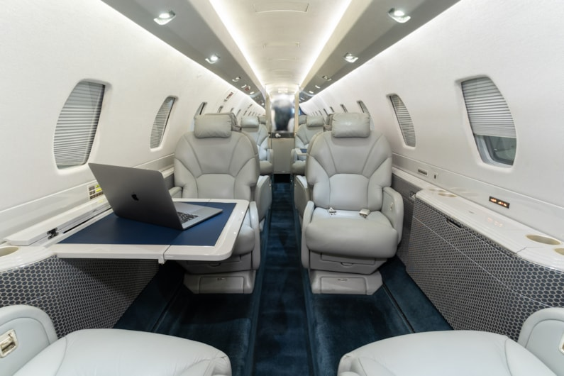 Private jet for sale charter: 2001 Cessna Citation X super-midsize jet