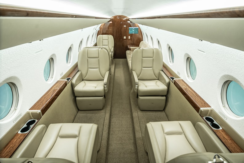 Private jet for sale charter: 2013 Gulfstream G280 super-midsize jet