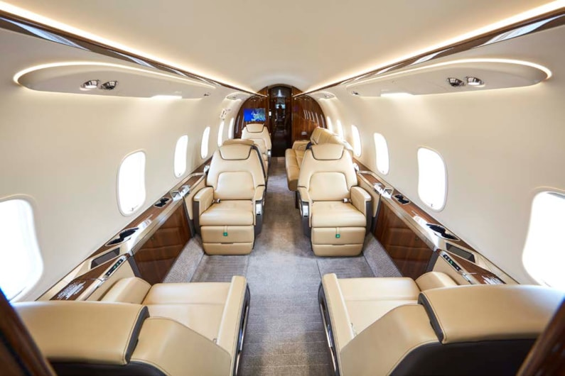 Private jet for sale charter: 2018 Bombardier Challenger 350 super-midsize jet