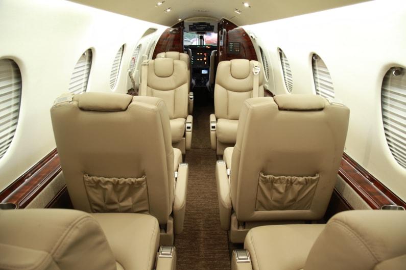 1999 Beechjet 400A - exterior