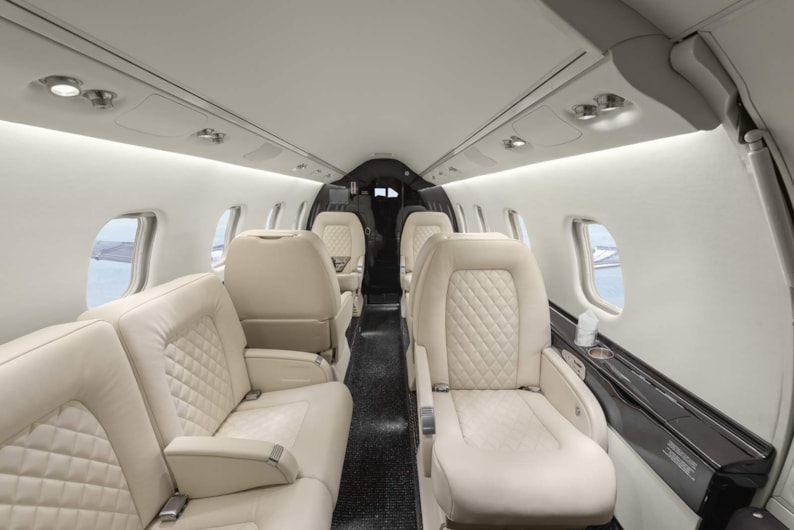 Private jet for sale charter: 1999 Bombardier Learjet 60 midsize jet