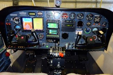 1981 Cessna 340 RAM VII Series - panel