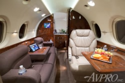 Private jet for sale charter: 2001 Hawker 800XP mid size jet