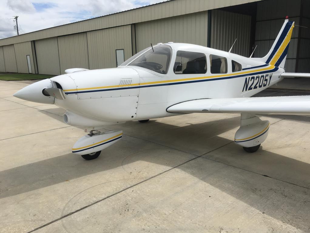 Dakota PA-28-201T exterior