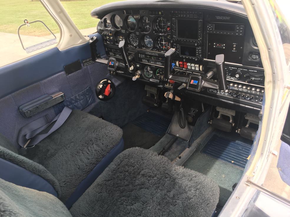 Dakota PA-28-201T panel