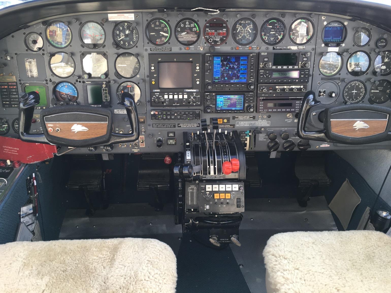 Cessna 414 panel