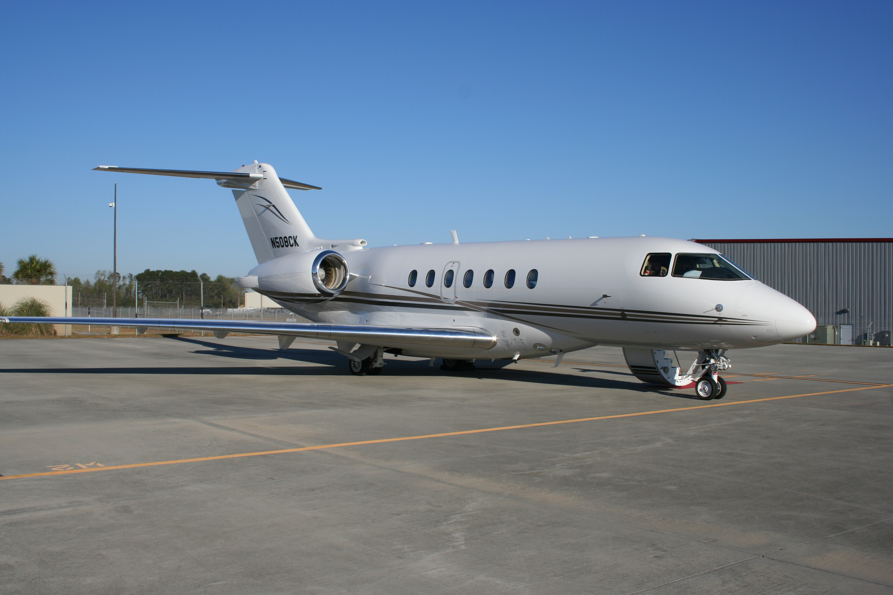 Commercial Insurance Brokers >> Hawker 4000 for Sale - Globalair.com