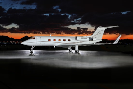 Private jet for sale charter: 1984 Gulfstream III heavy jet