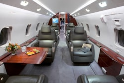 Private jet for sale charter: 2005 Bombardier Challenger 300 supermid jet