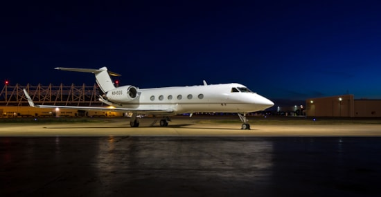 Private jet for sale charter: 1999 Gulfstream IV/SP heavy jet