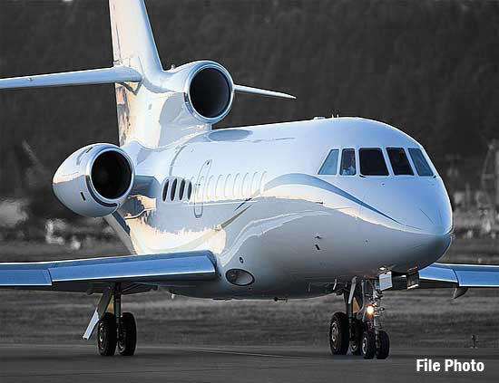 https://resources.globalair.com/aircraftforsale/images/ads/original/84006_falcon900ex_filephoto.jpg
