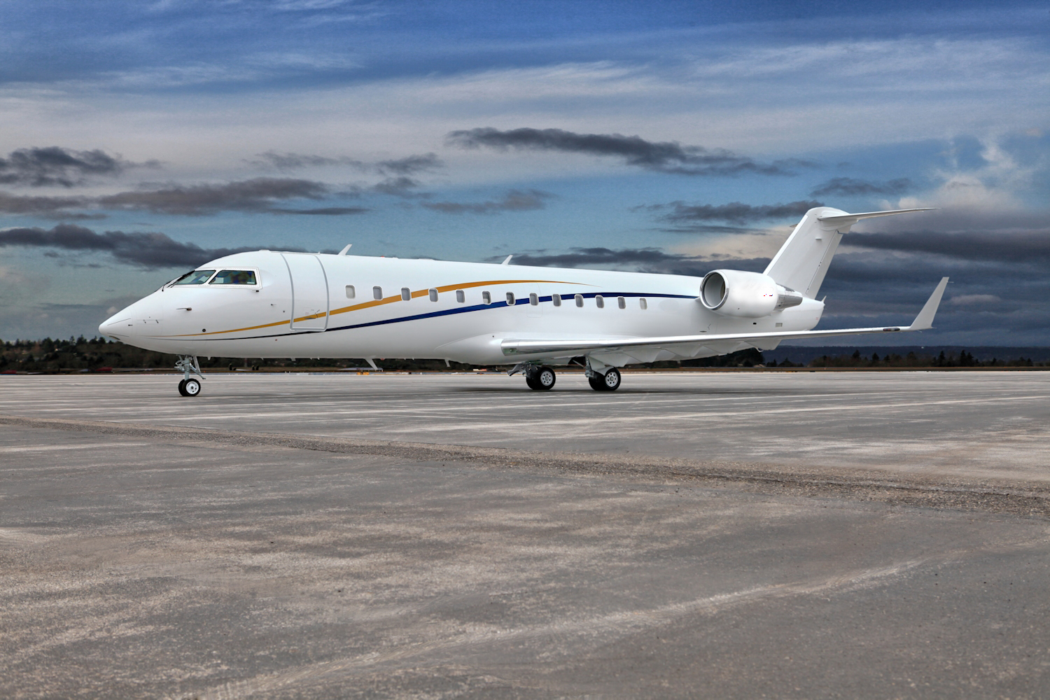 Aircraft Listing - Challenger 850 listed for sale