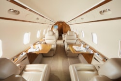 Private jet for sale charter: 2007 Bombardier Challenger 300 super midsize jet