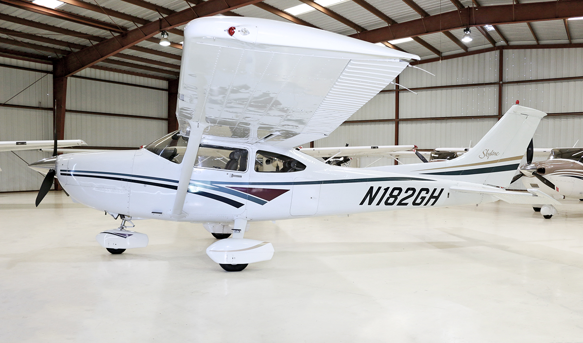Aircraft Listing - Cessna 182 listed for sale