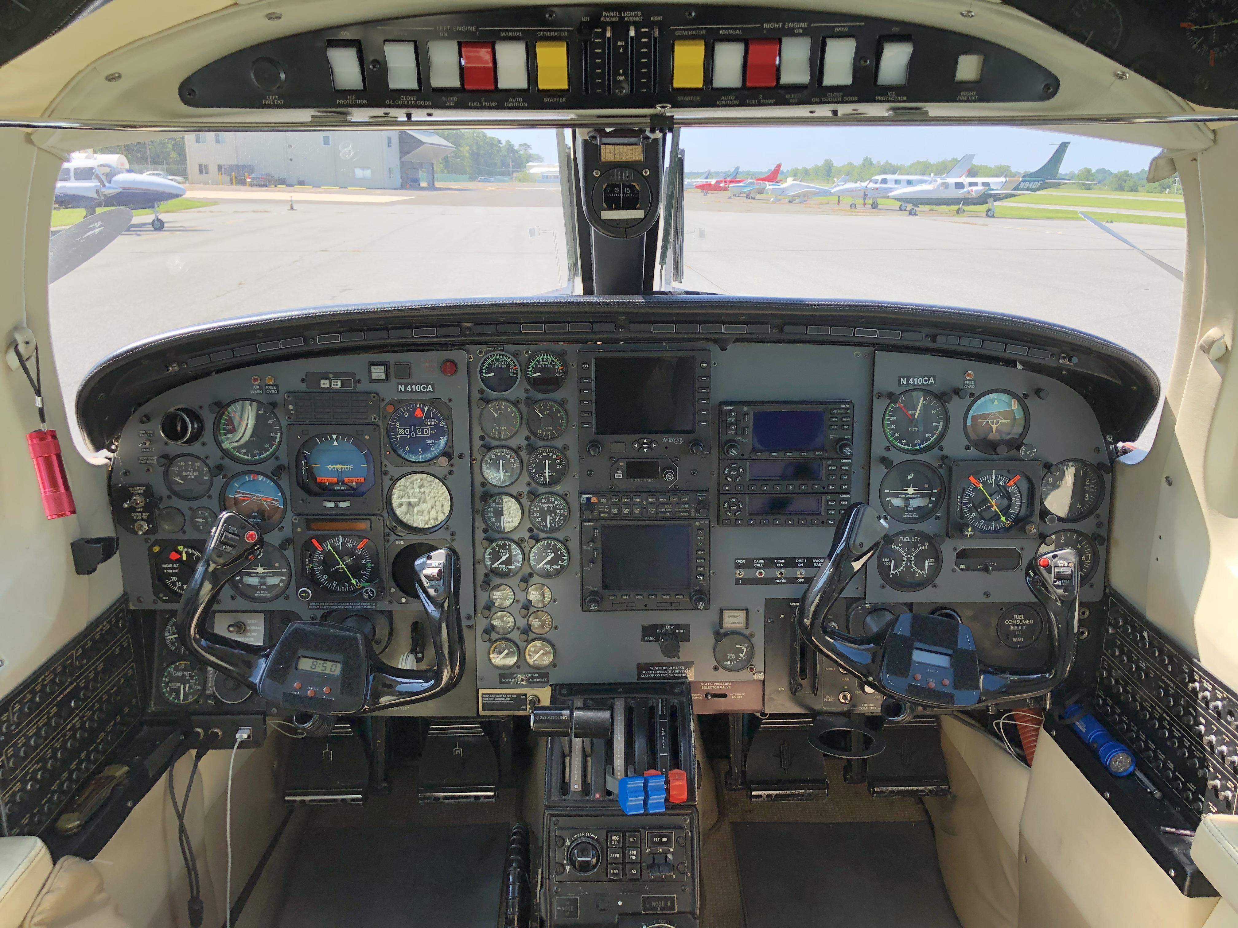 Cheyenne II PA-31T-620 panel