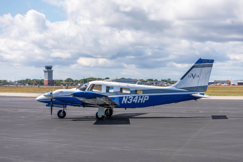 Aircraft Listing - Seneca V PA-34-220T listed for sale