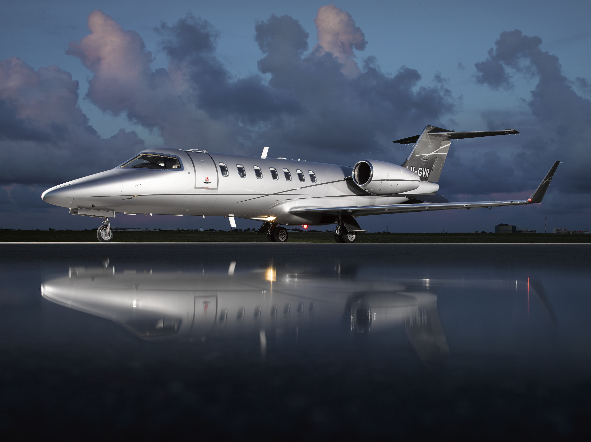 Aircraft Listing - Learjet 40 listed for sale