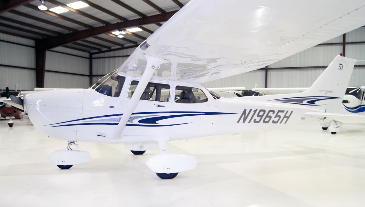 Aircraft Listing - Cessna 172 SP listed for sale