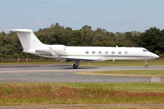 Private jet for sale charter: 2007 Gulfstream G550 long range heavy jet