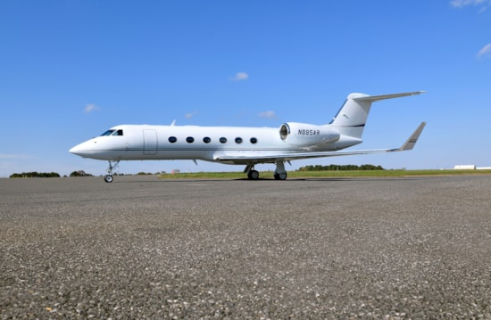 Private jet for sale charter: 2005 Gulfstream G450 heavy jet