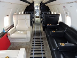 Private jet for sale charter: 1988 Bombardier Challenger 601-3A heavy jet