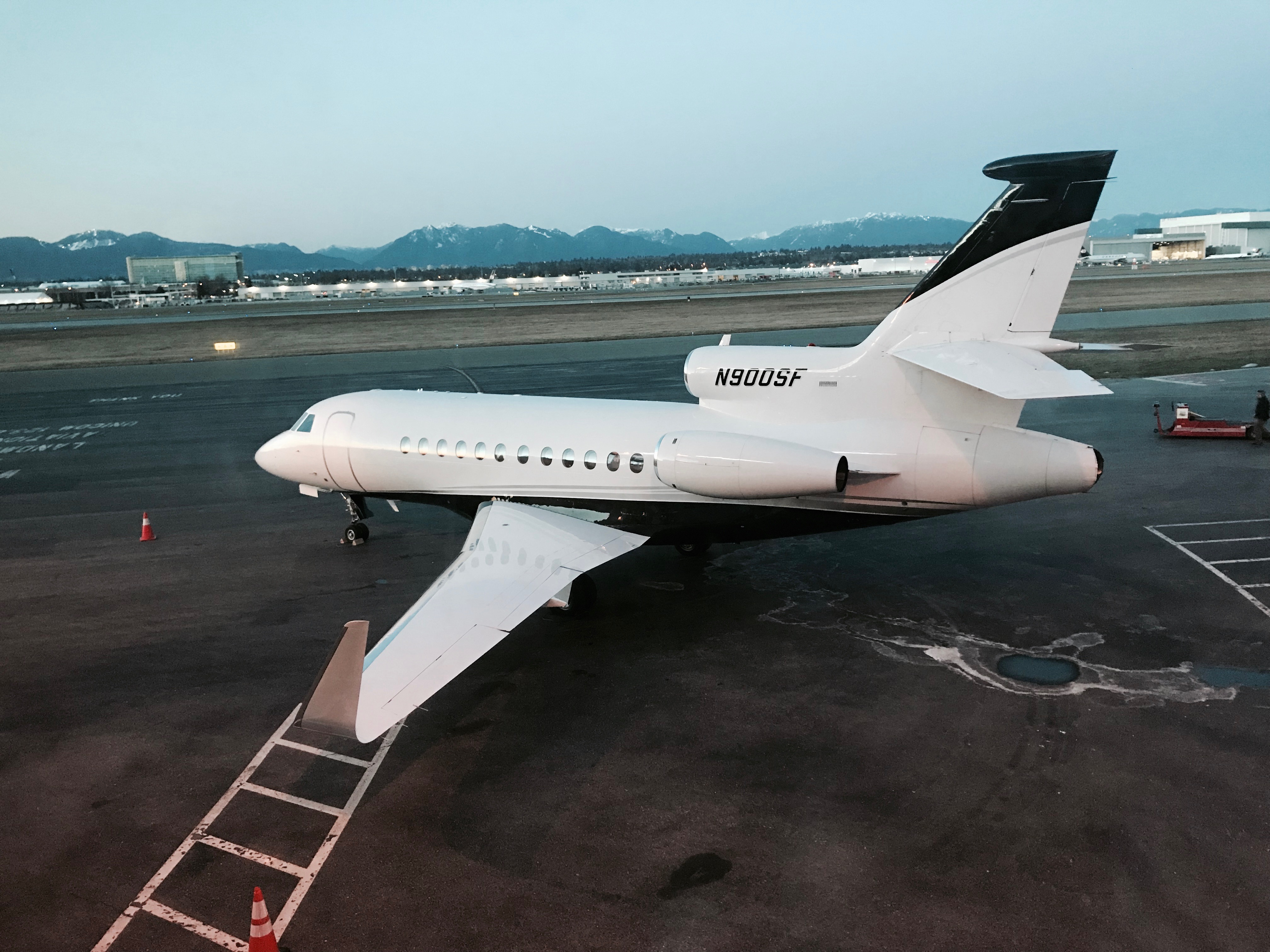 Aircraft Listing - Falcon 900B listed for sale